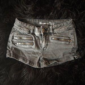 Black denim shorts 🖤